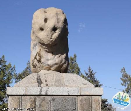 شیر سنگی همدان,مجسمه شیر سنگی,گردشگری همدان