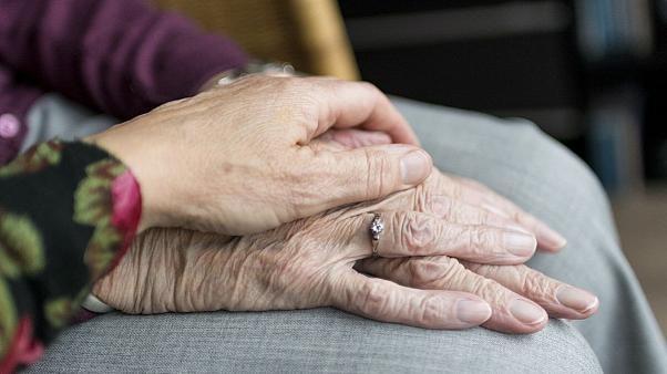 توصیه هایی برای سالمندان در فرایند قرنطینه