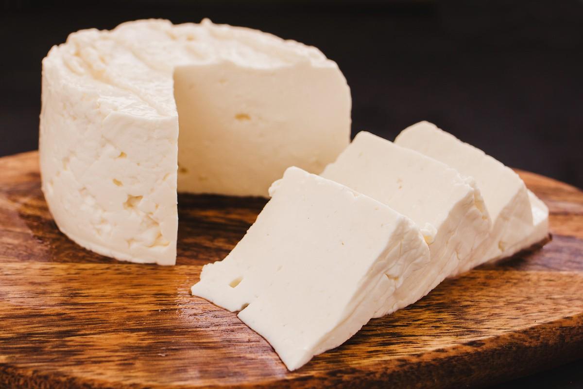 حقایق تغذیه پنیر و مزایای سلامتی