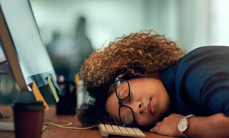 خواب زیاد می تواند نشانه یک بیماری زمینه ای باشد