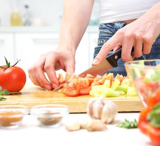 چگونه رژیم وگان به کاهش وزن شما کمک می کند؟