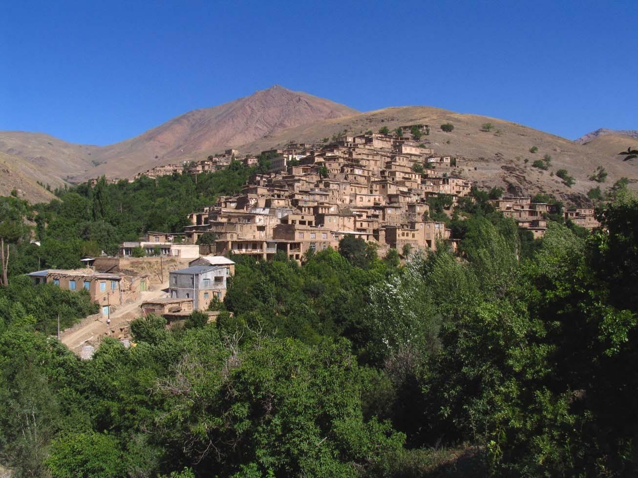 جاذبه های گردشگری روستای دیزباد نیشابور