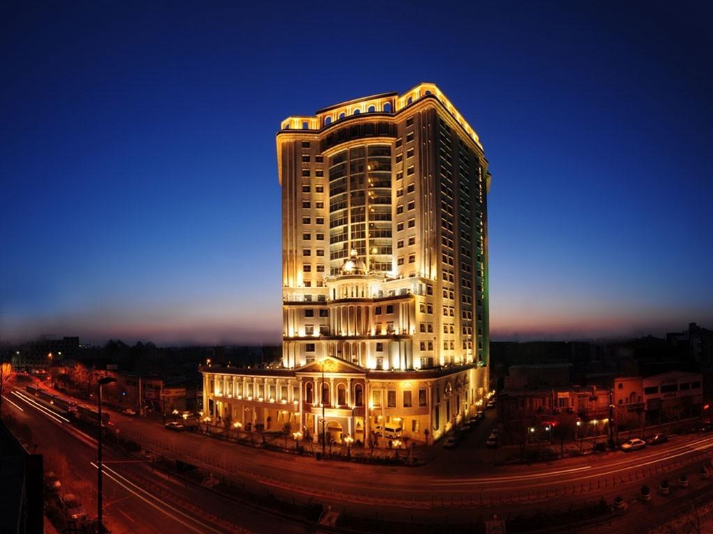 امکانات و قیمت اقامت در هتل قصر طلایی مشهد