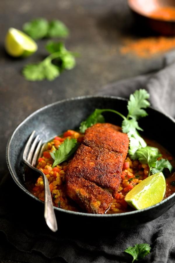 طرز تهیه غذای دریایی با ماهی و عدس قرمز
