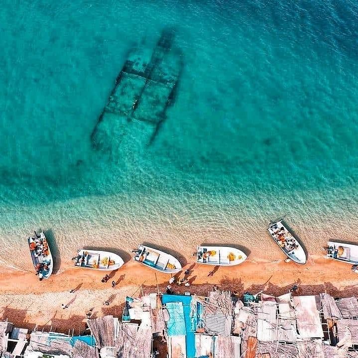 بازارچه ساحلی جزیره هنگام