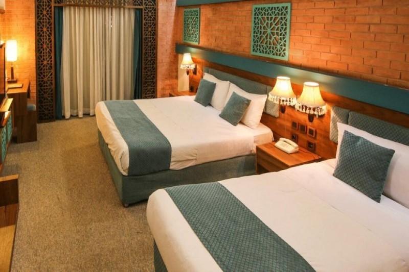 هتل بوعلی همدان با بافتی قدیمی و چشم اندازی زیبا