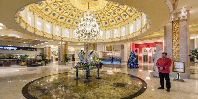 هتل اسپیناس پالاس تهران زیبا، مطمئن