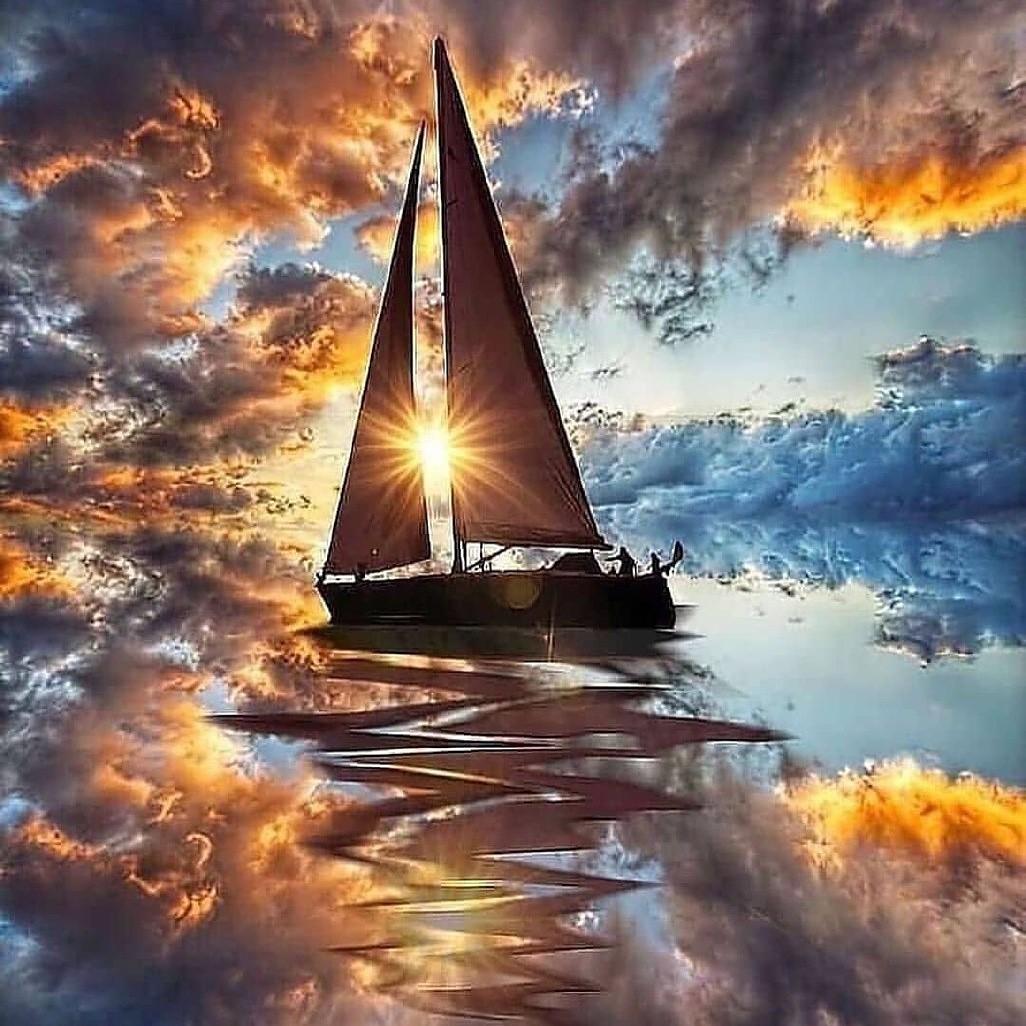 کشتی چو به دریای روان میگذرد
