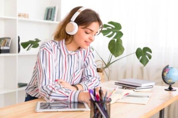 كاهش استرس و اضطراب به وسيله ي موسيقي