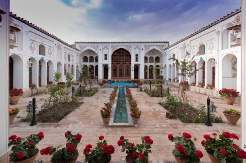 معرفی هتل سنتی سهروردی اصفهان