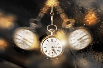 زمان چیست؟
