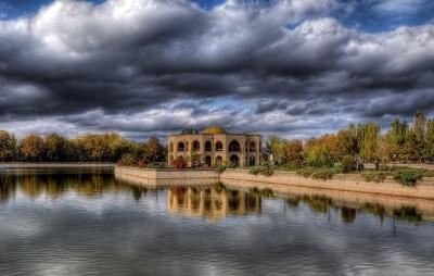 آثار تاریخی و صنایع دستی شهر تبریز کدامند؟