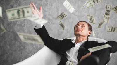 مشاغل پولساز کدامند؟