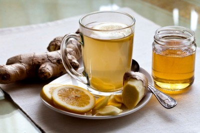فواید نوشیدن آب گرم با عسل