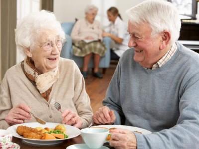 تغذیه در دوران پیری