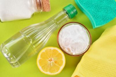 تمیز کردن خانه با سرکه سفید