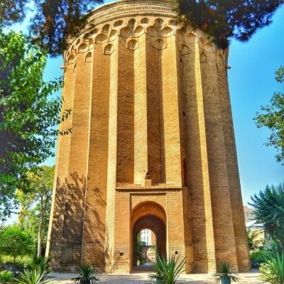 برج طغرل-یادگار ۸۰۰ ساله شهر ری