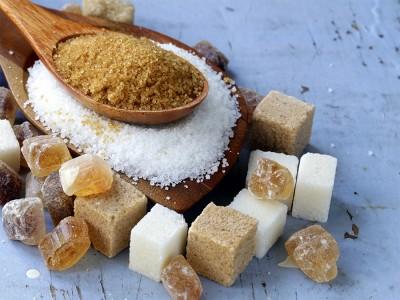 شکر قهوه ای در مقابل شکر سفید: تفاوت چیست؟