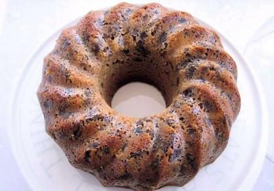 آموزش پخت کیک وانیلی کشمشی