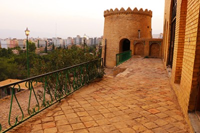بنای مشهور به قلعه كريمخانی [آپدیت شد]