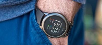 نقد و بررسی ساعت هوشمند Haylou Solar LS05 | طراحی کلاسیک در کنار تکنولوژی مدرن