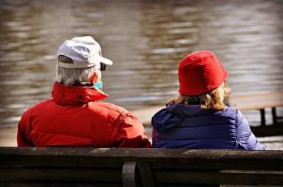 نکاتی درباره مراقبت از والدین با افزایش سن