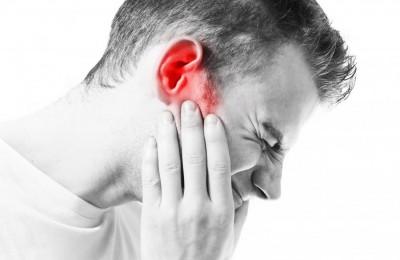 عوامل و علت درد گوش و فک چیست؟