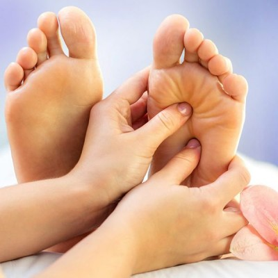 علائم بی حسی در پای شما نشانه چیست؟