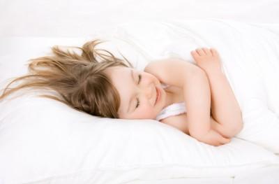 داستانهای قبل از خواب برای کودکان چقدر مهم است؟