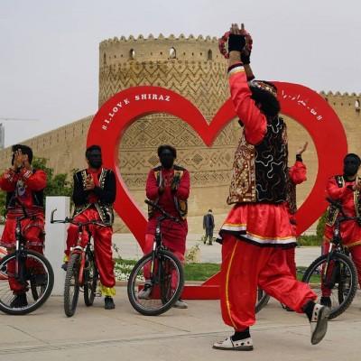 کاروان حاجی فیروزهای دوچرخه سوار - شیراز