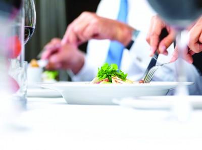 آداب غذا خوردن در رستوران _ قسمت دوم