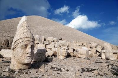کوه نمرود |مکان و شرح · تاریخ باستان · تاریخ مدرن