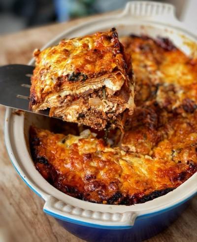 طرز تهیه 3 مدل غذا با پاستا شامل لازانیا، پاستا ایتالیایی و پاستا پنه آلفردو
