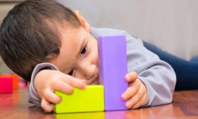ناتوانی های یادگیری | آیا کودک من اوتیسم دارد؟