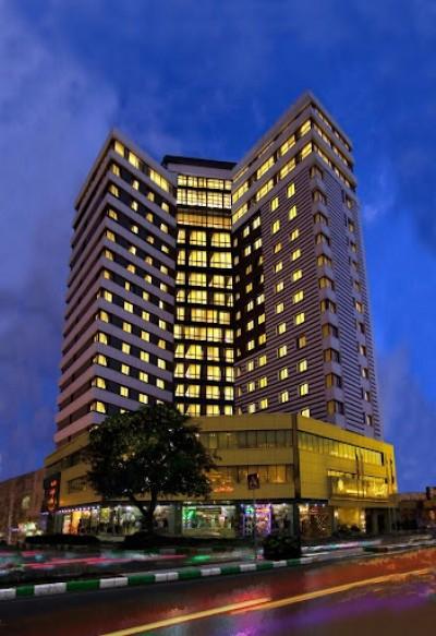 هتلی نورانی به نام هتل سی نور مشهد